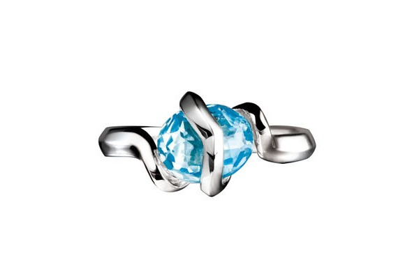 Entwine blue topaz ring