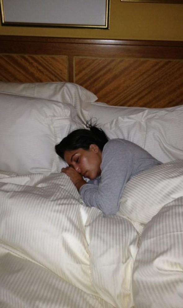 Breaking news: Kim Kardashian sleeps
