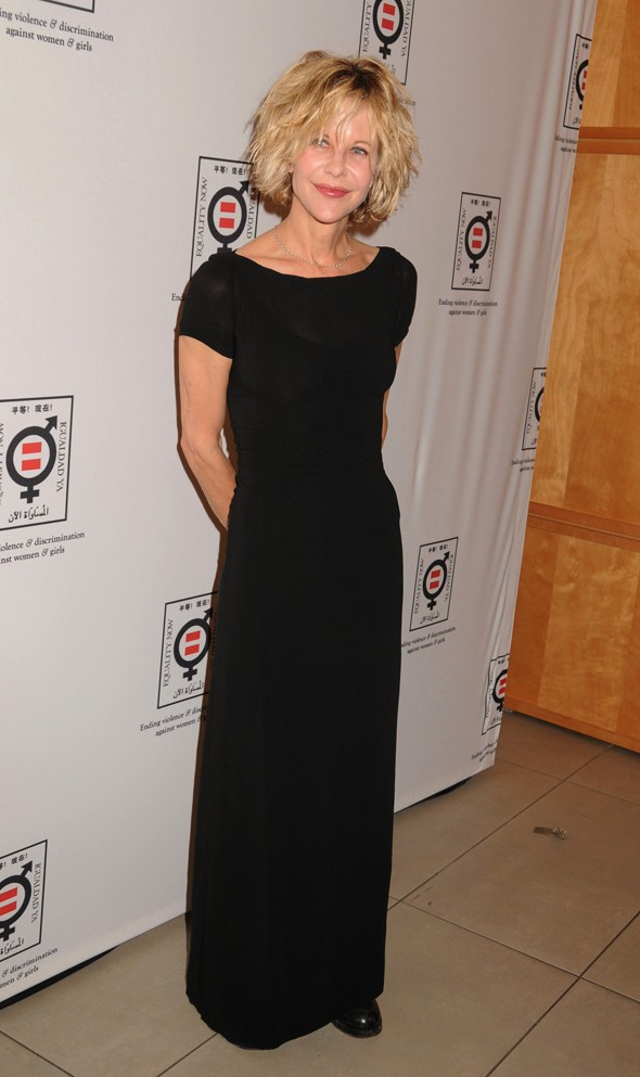 Meg Ryan makes rare public appearance at fundraiser