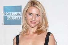 Claire Danes slips on figure-hugging fuchsia dress for Tribeca Film Festival
