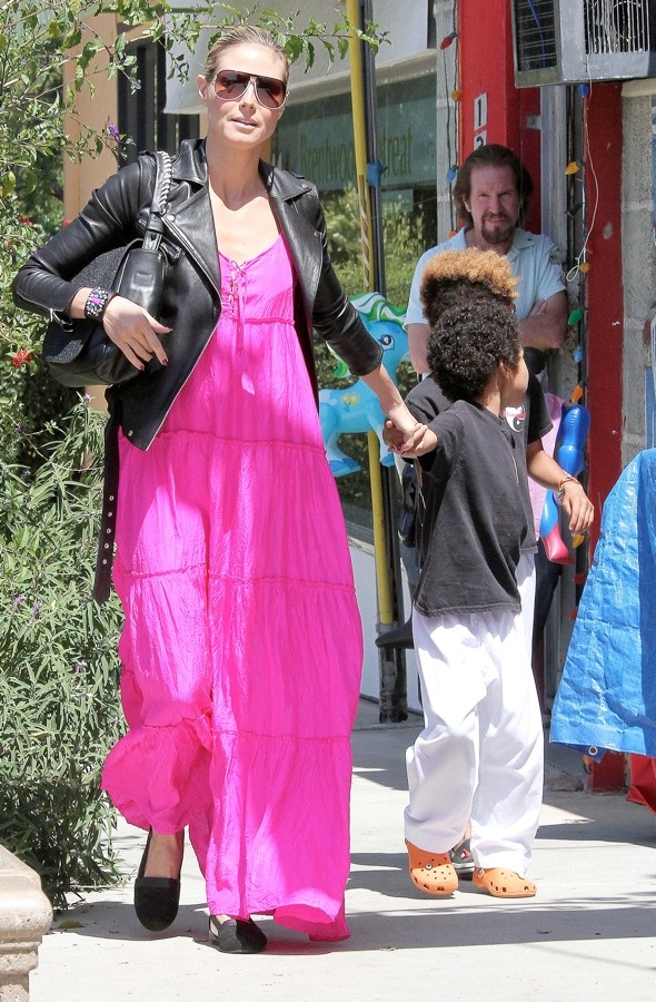 Hot or not: Heidi Klum's oversized hot-pink maxidress