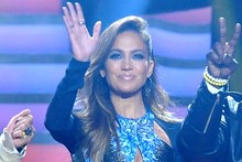 Jennifer Lopez shows some love to Brit design talent in Peter Pilotto