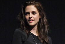 Kristen Stewart does cheerleader chic at CinemaCon