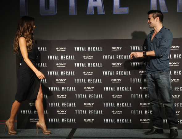 Kate Beckinsale and Colin Farrell at the Mexico photo call