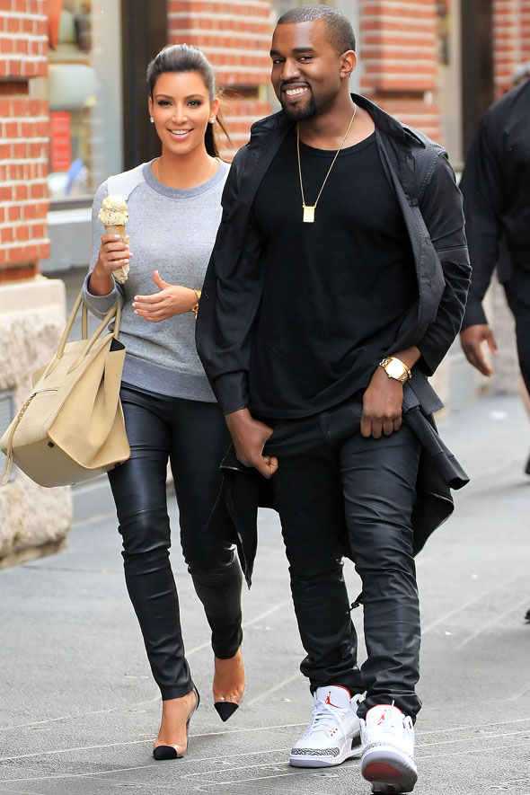 What do Kim's earrings tell us out her relationship with Kanye? MyDaily plays detective...