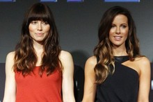Jessica Biel and Kate Beckinsale are glossy and glam for Total Recall photo call