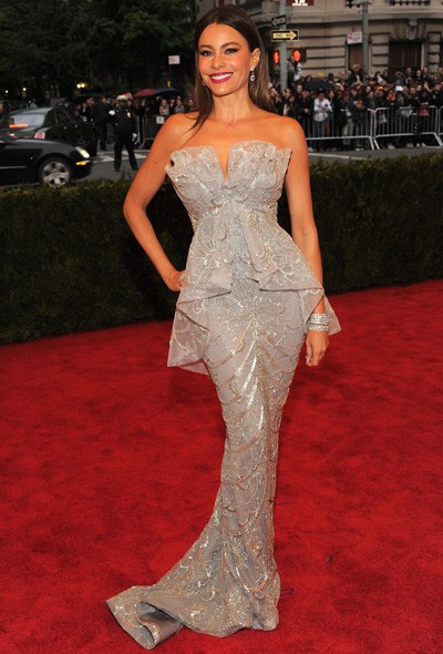 Sophia Vergara in Marchesa