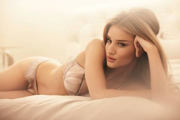 Rosie Huntington-Whiteley announces first lingerie line