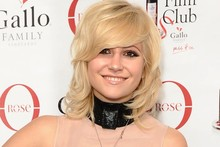 Pixie Lott models our current favourite handbag