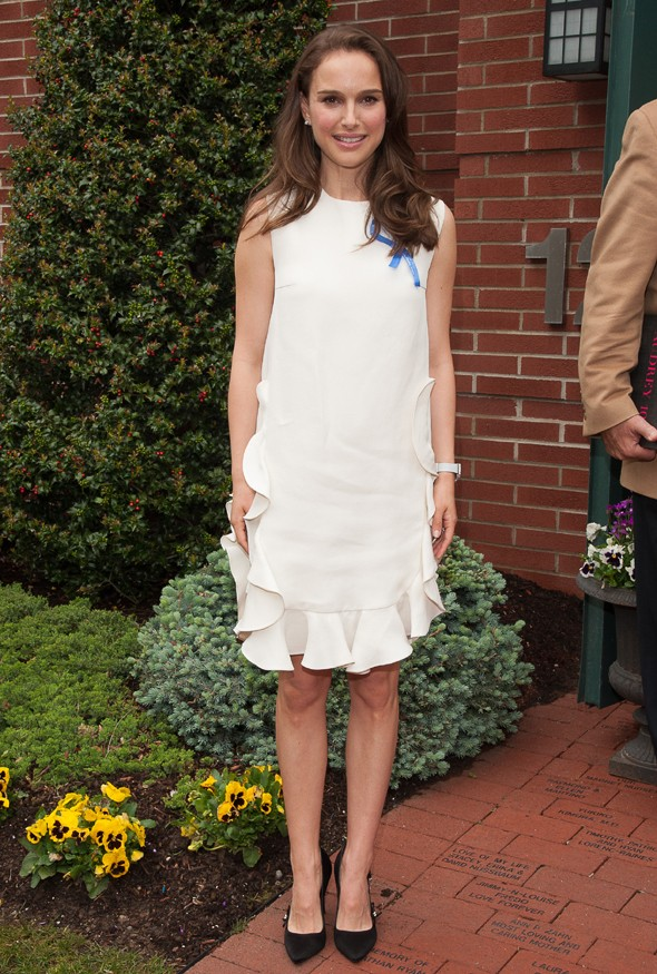 Natalie Portman wears LWD to celebrate 10th anniversary of Audrey Hepburn Children's House