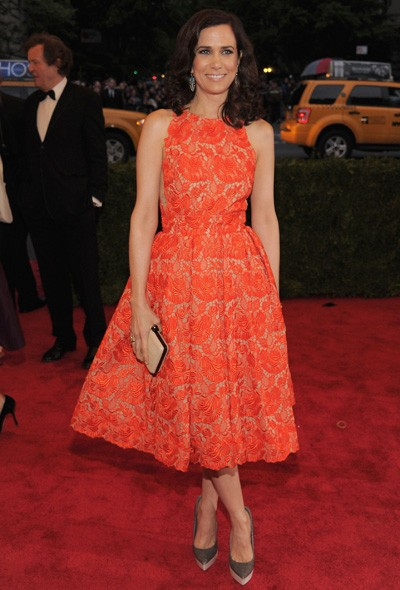 Kristen Wiig in Stella McCartney