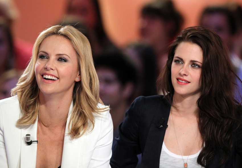 Charlize Theron and Kristen Stewart on Le Grand Journel, Paris