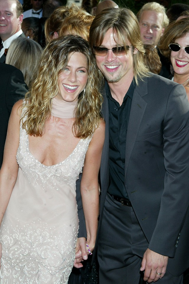 brad pitt and jennifer aniston in 2002