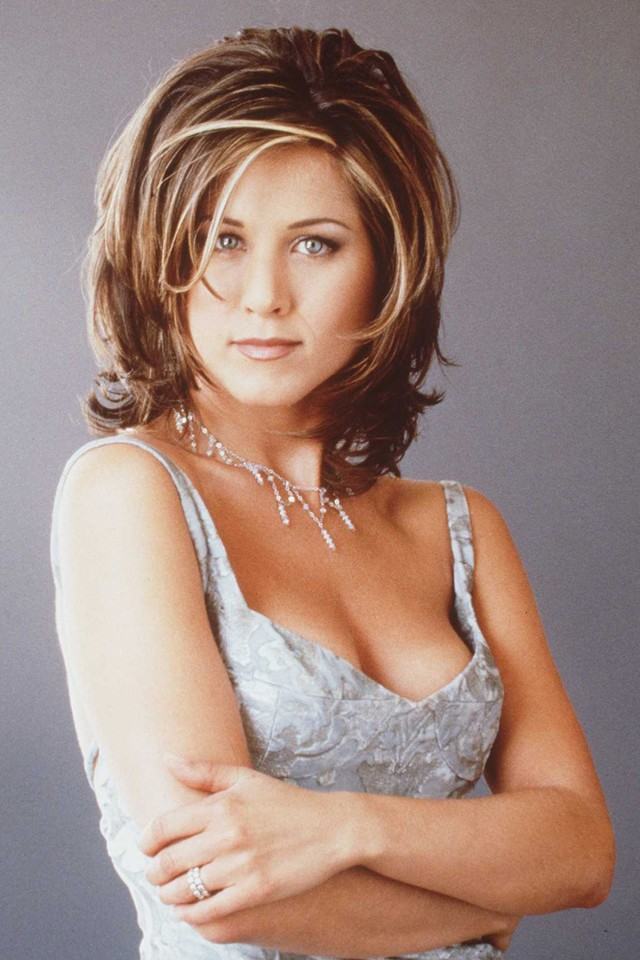 jennifer aniston with the 'rachel cut' in 1996