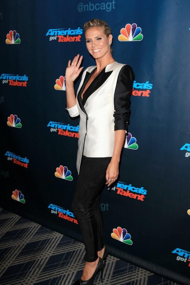 Heidi Klum Channels 80s Power Suit For America's Got Talent