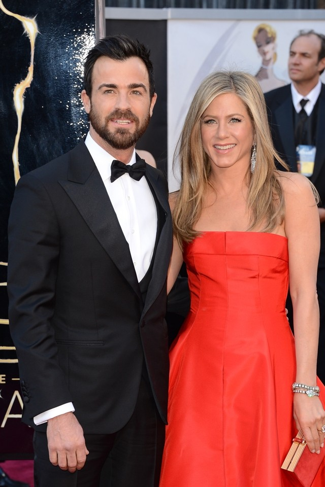 Jennifer Aniston Throws Star-Studded Bash For Justin Theroux's 42nd Birthday