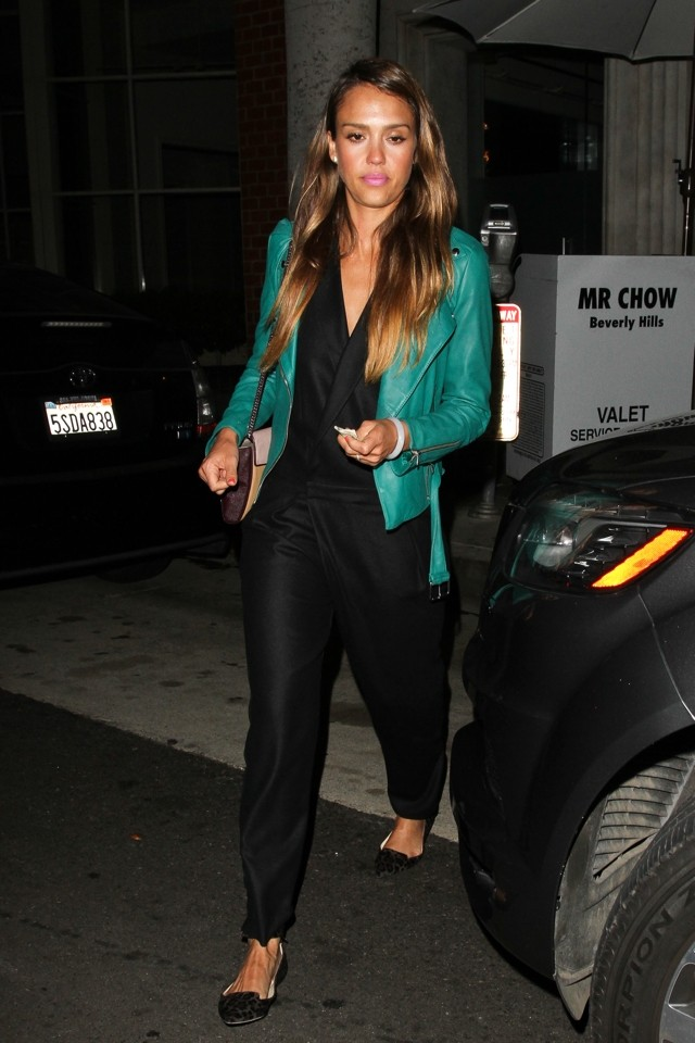 Dinner Date Dressing: Jessica Alba Does Black Playsuit And Green Leather