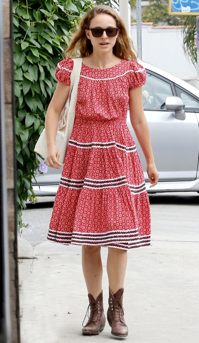 Natalie Portman Has Rare Fashion Fail In Peasant-Style Dress