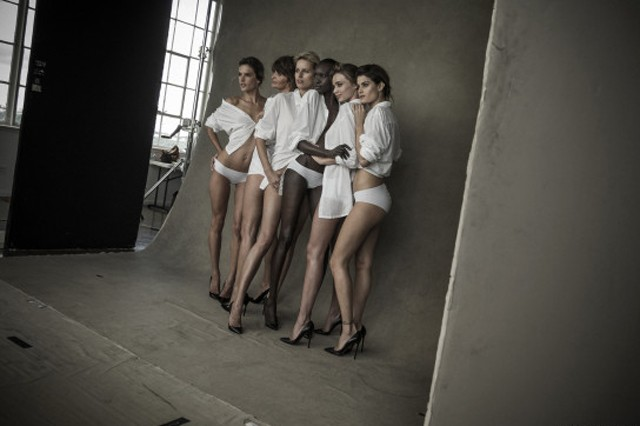 models pose for pirelli calendar