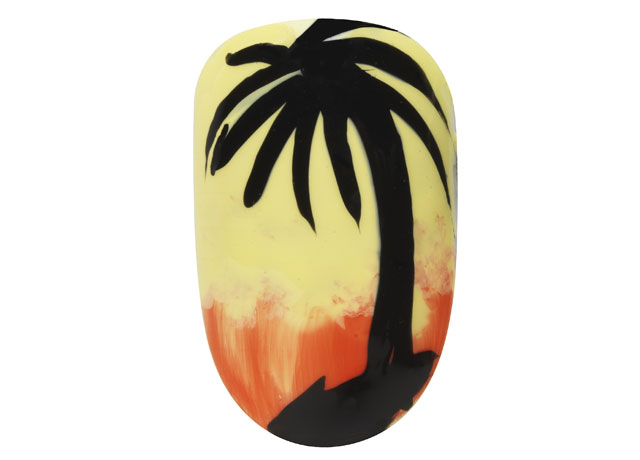 palm-tree-nail-art