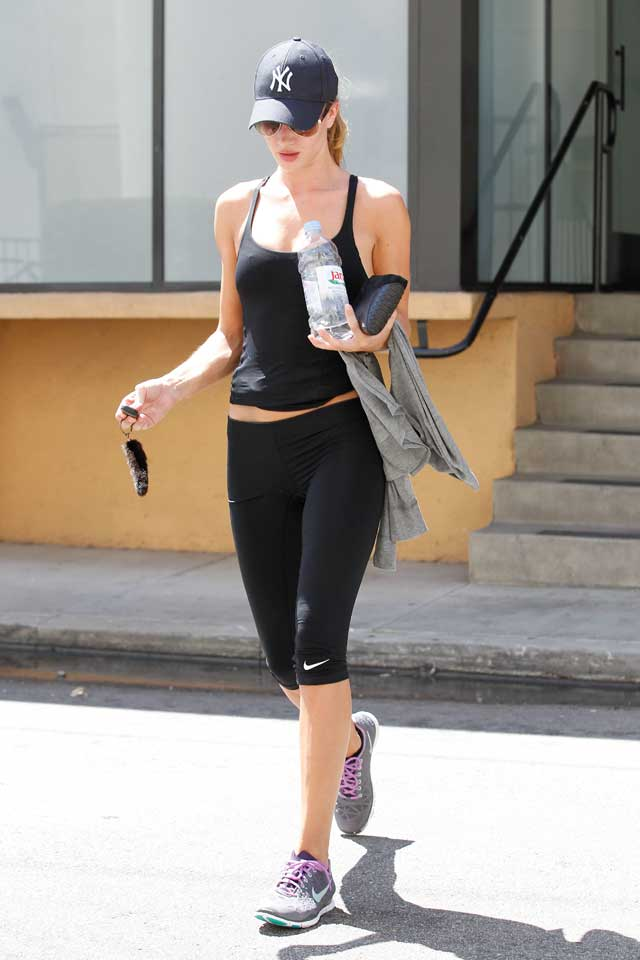 Work it! Rosie Huntington-Whiteley's Gym Style