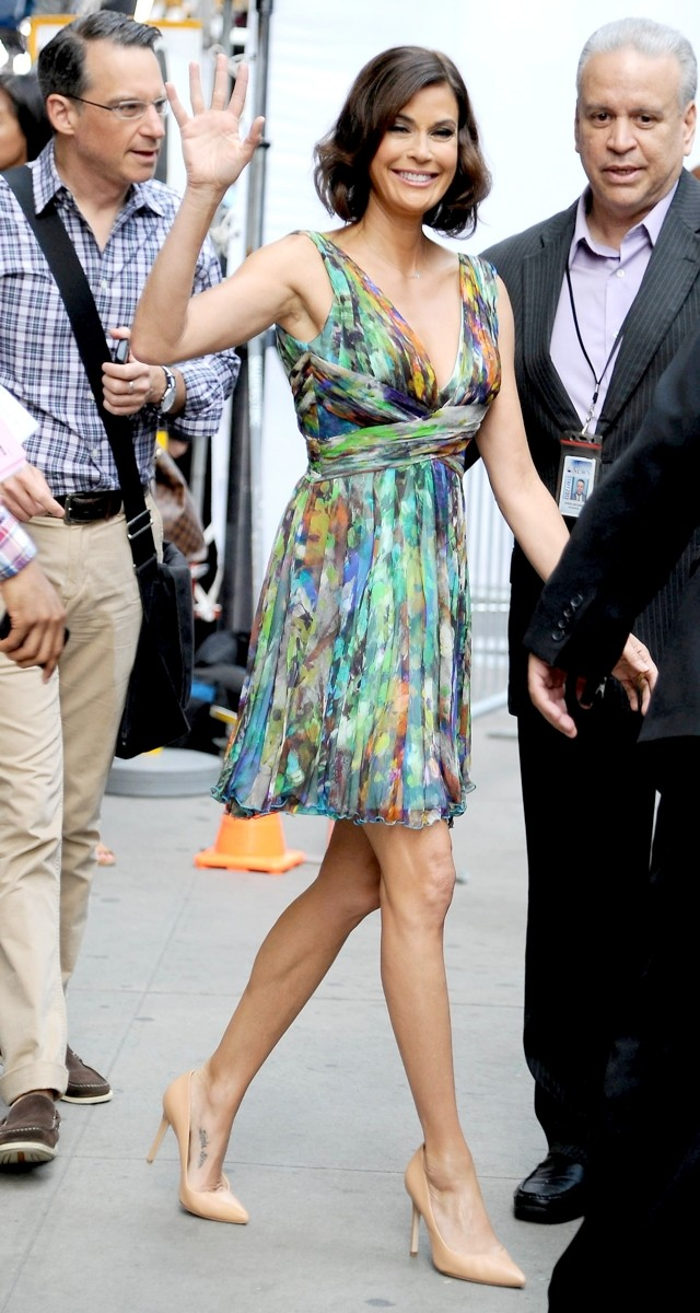 Teri Hatcher Braves Plunging Printed Minidress For Good Morning America