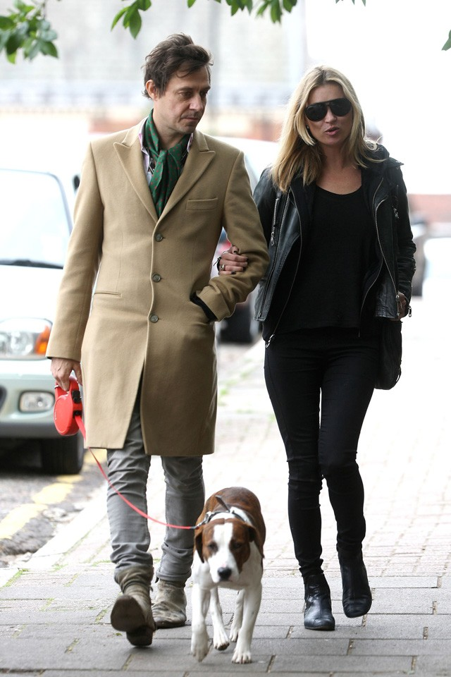 kate moss calls in the dog whisperer