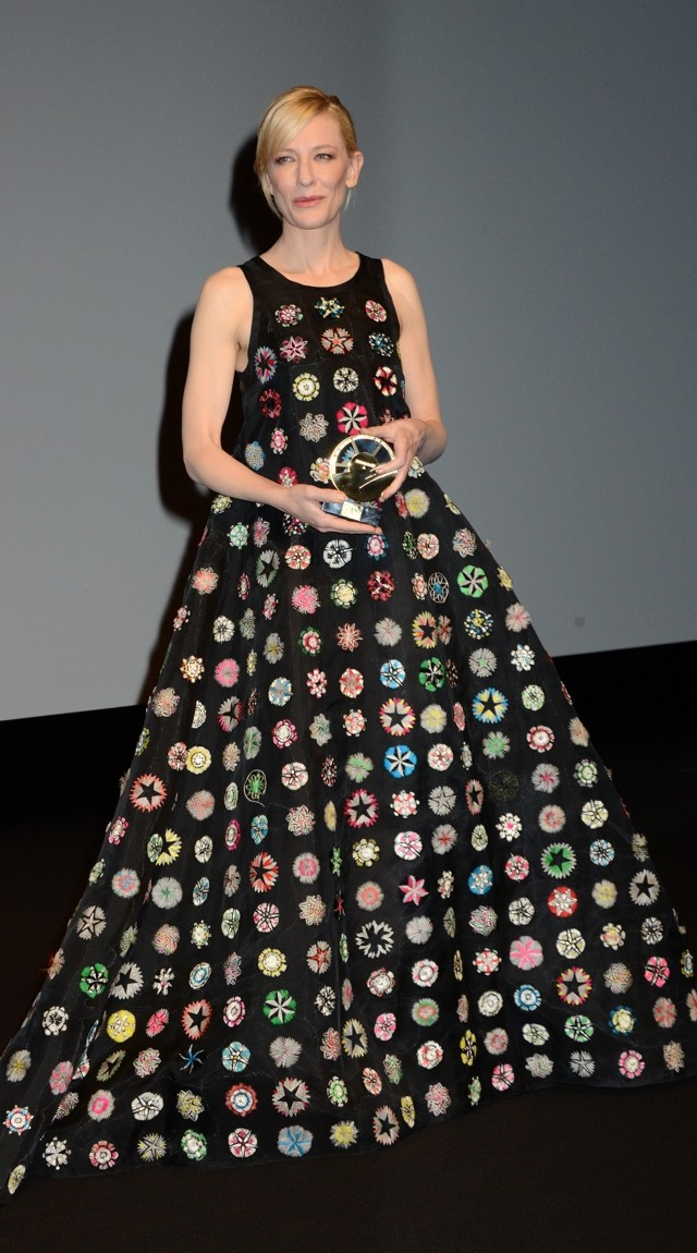 Cate Blanchett In Worst Dress EVER Alert?