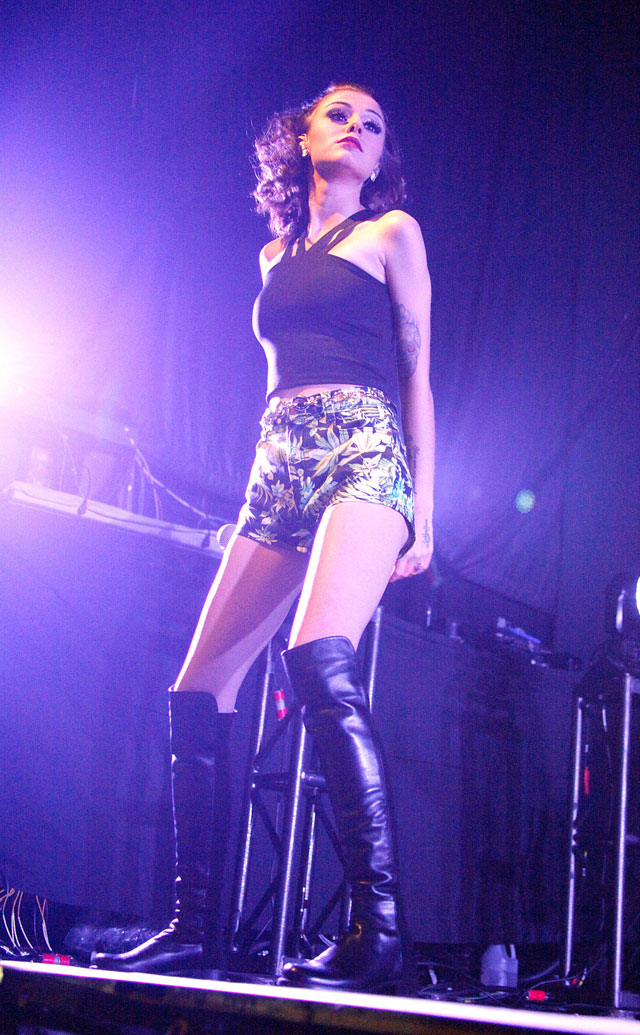 Cher Lloyd's Hotpants And Over-The-Knee Boots For Philadelphia Gig (One Question: Why?)