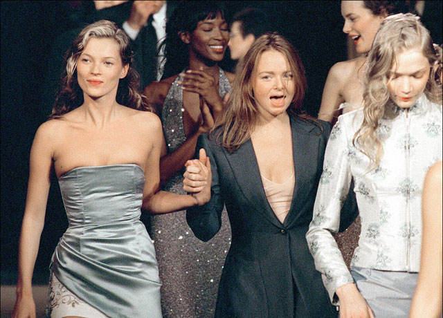 kate-moss-stella-mccartney-chloe-catwalk