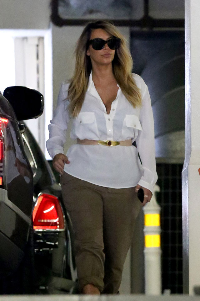 kim kardashian spotted out and about with new blonde hair