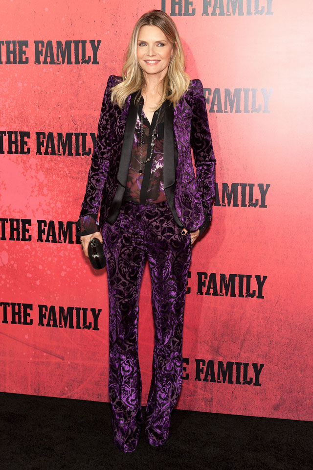 michelle pfeiffer at the family world premiere