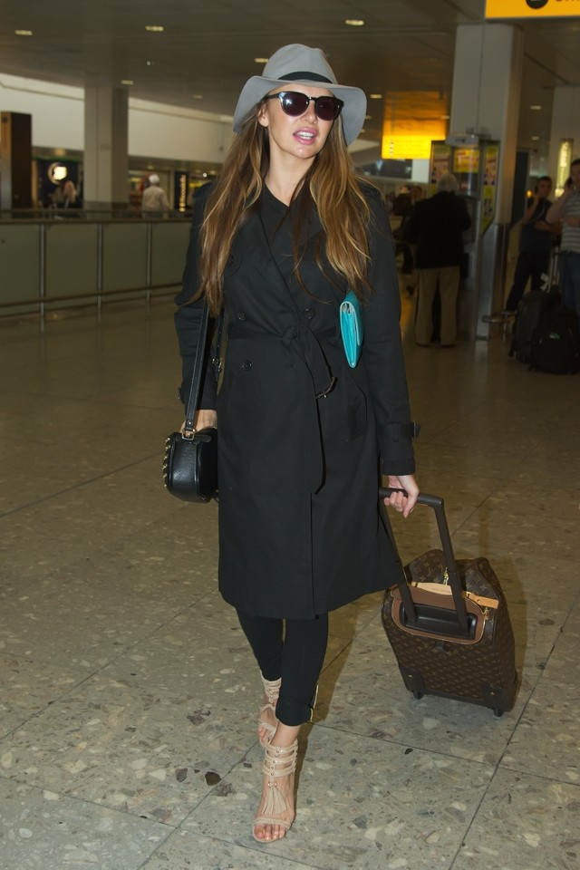 Nadine Coyle Brings Her Baby Bump To London