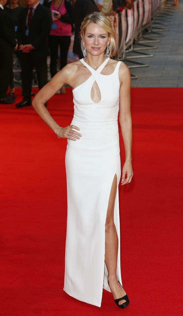Naomi Watts Is A Vision In Versace At Diana World Premiere