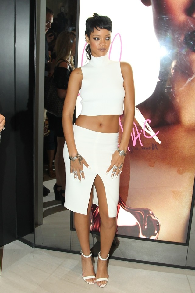 Quite White: Rihanna Does Crop Top AND Split For MAC Store Opening In Hong Kong (But Weird Hair Gets Thumbs Down)