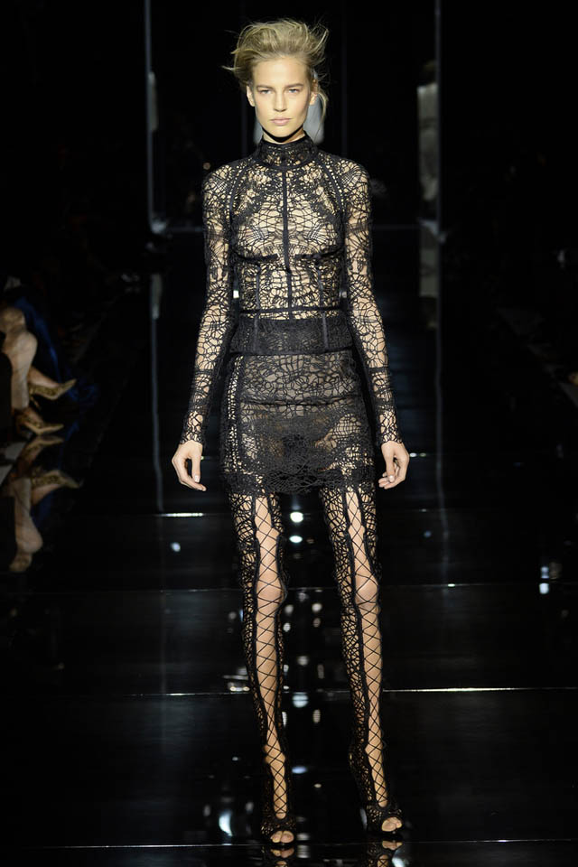 tom-ford-catwalk-london-fashion-week-s-s-2014