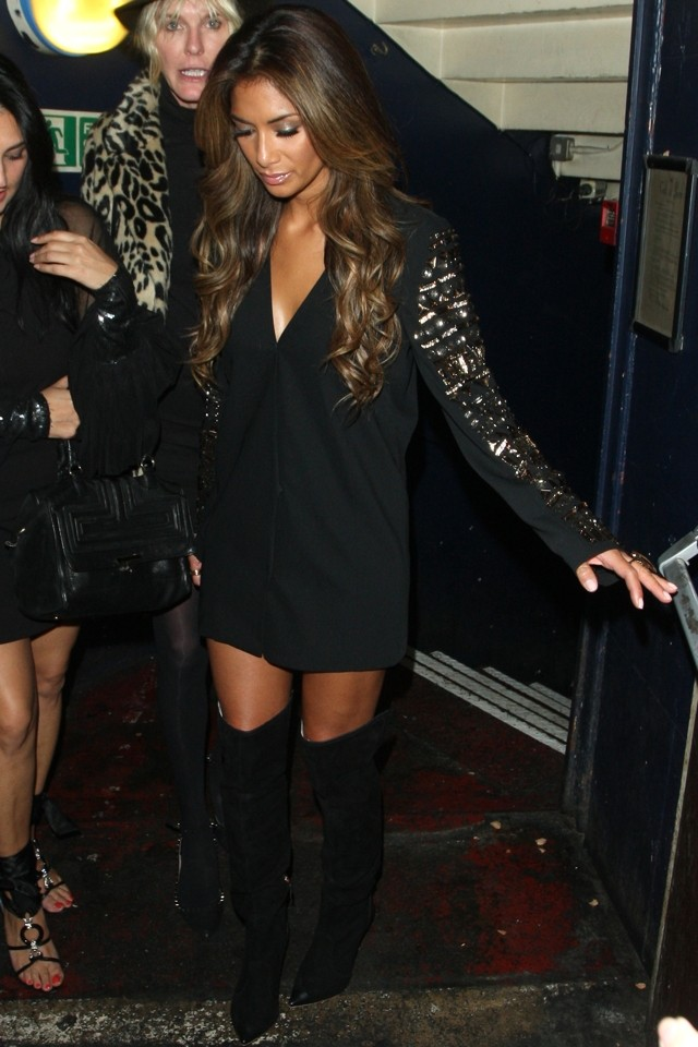 Nicole Scherzinger Turns Heads In VERY SEXY Thigh High Boots