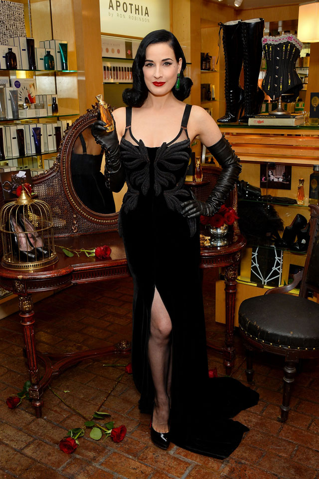 Dita Von Teese\'s Velvet Gown: How To Get Noticed At A Fragrance Launch