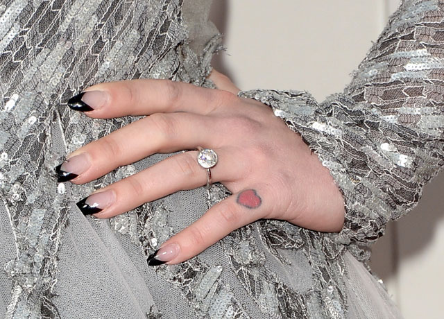 kelly-osbourne-nails