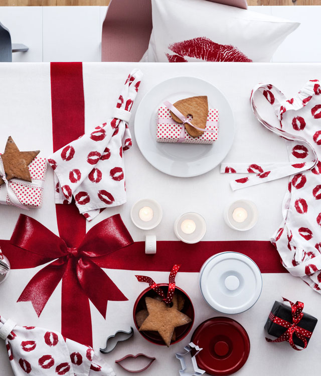 How to dress up your christmas table for 12 days of christmas table numbers