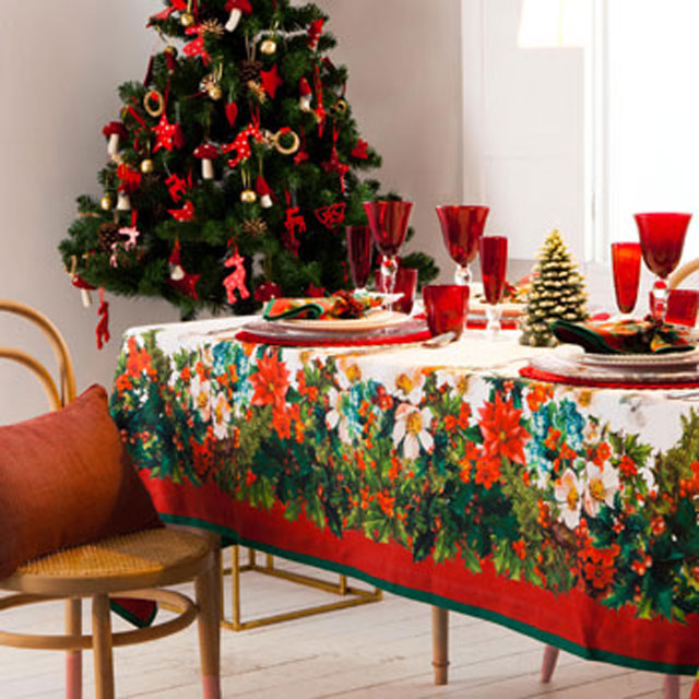 how to dress up your christmas table. Black Bedroom Furniture Sets. Home Design Ideas