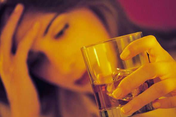 Children more likely to abuse alcohol if parents let them drink