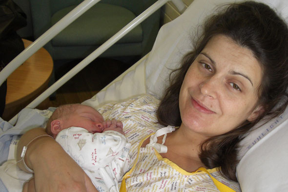 Smile! You've just given birth: How to look your best for those post-birth snaps