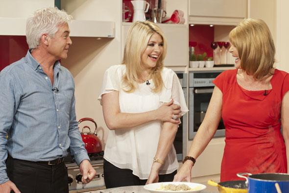 It�s�Holly Willoughby