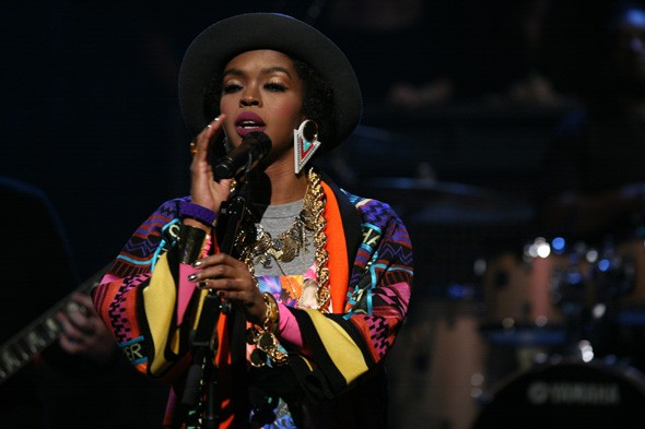 Lauryn Hill pregnant with baby number SIX!