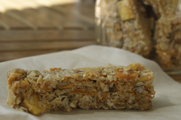 After school snacks: Crunchy cereal bars