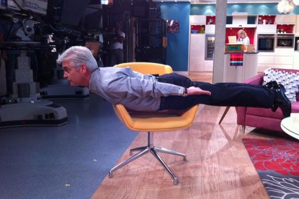 Pregnant Jenni Falconer joins in planking craze