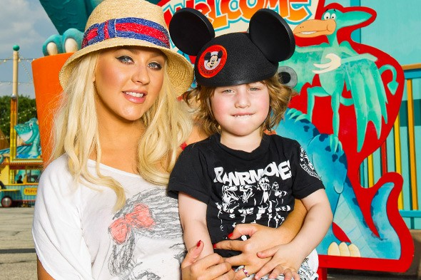 Christina Aguilera, mum to Max