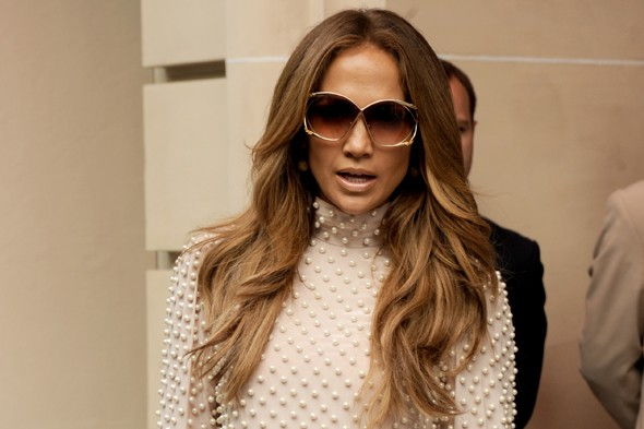 Jennifer Lopez plans Scientology education for her twins