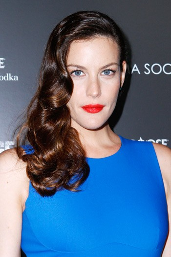 Liv Tyler, mum to Mylo